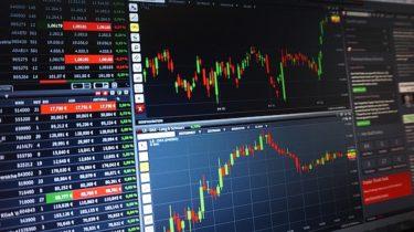 サムスンへの買い集中 外国人が韓国株式市場に回帰 韓国人は売り越し