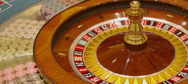 韓国の地方カジノで約1億円の当選者…スロットマシーン30台分の蓄積金を一気食い?