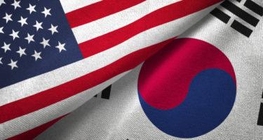 韓国紙「米に半導体機密情報を渡さないと報復される」「バッテリーなどにも拡大へ」