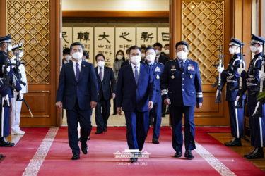韓国人の政府信頼度、OECD平均下回るも日本や米国を上回る…1位はスイス