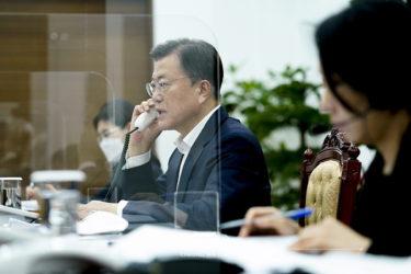 ムン大統領がベトナム共産党書記長と電話会談 「韓国はベトナムの最大投資国」「貿易額11兆円を達成しよう」