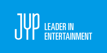JYPが東京にポップアップストア出店 TWICEやNiziUが着た衣装、2PMの10周年記念展示など