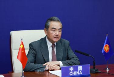 中国外相「韓米合同軍事訓練に反対」「対朝鮮制裁の緩和を」 ARF外相会議で