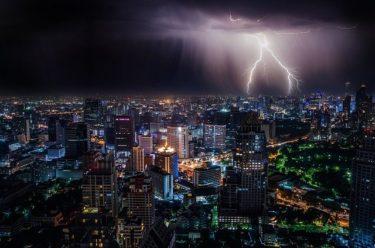 韓国経済誌「様々リスク一気集中の経済危機到来する」「貿易で主要国からターゲットに」