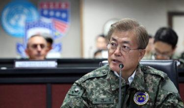 文在寅大統領、韓国軍にAIなど新技術導入を指示